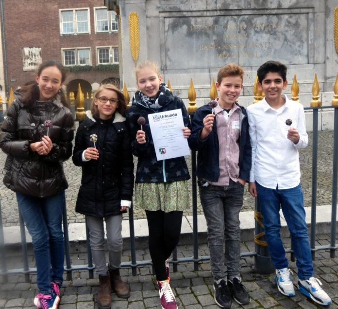 Online Team Wettbewerb Mathematik MCG Neuss 2015